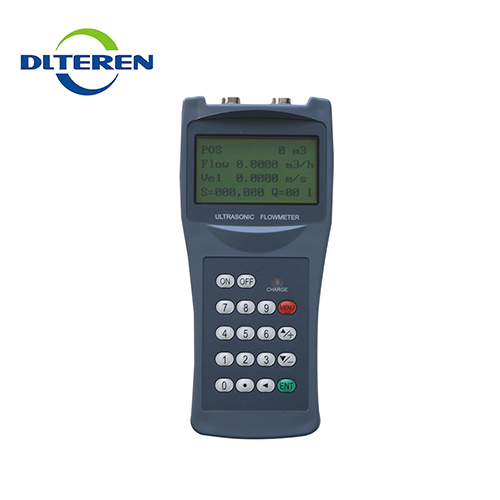 High reliability no moving parts hand held portable ultrasonic transducer flow meter accuracy calculation